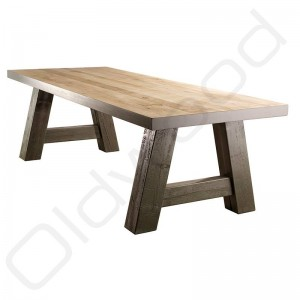 Robuuste houten tafel - Milaan-Poten RAL kleur