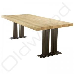 Robuuste houten tafel - Industriële tafel Spitsbergen